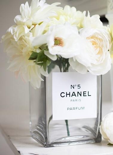 Lyn Home & Decor Chanel No 5 Vazo Renkli
